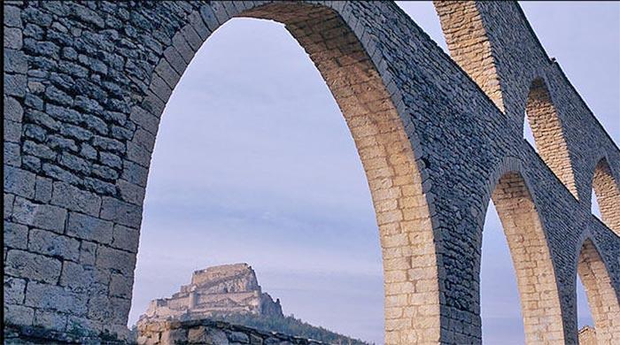 Acueducto y castillo de Morella